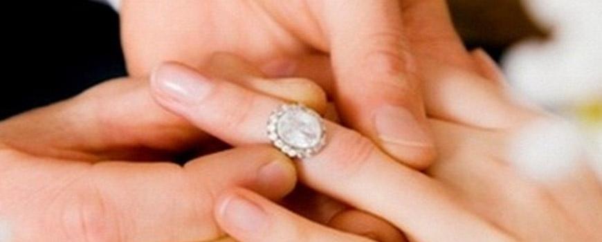 بالا بودن سن دختر از پسر در ازدواج ایراد دارد؟