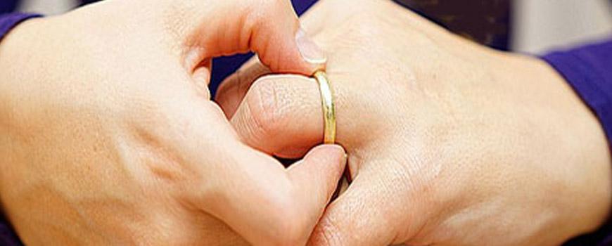 ازدواج با مردان مطلقه درست است یا نادرست؟
