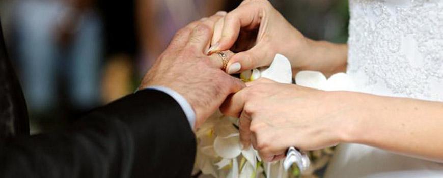 سختگیری خانوادههای دختر و پسر برای ازدواج