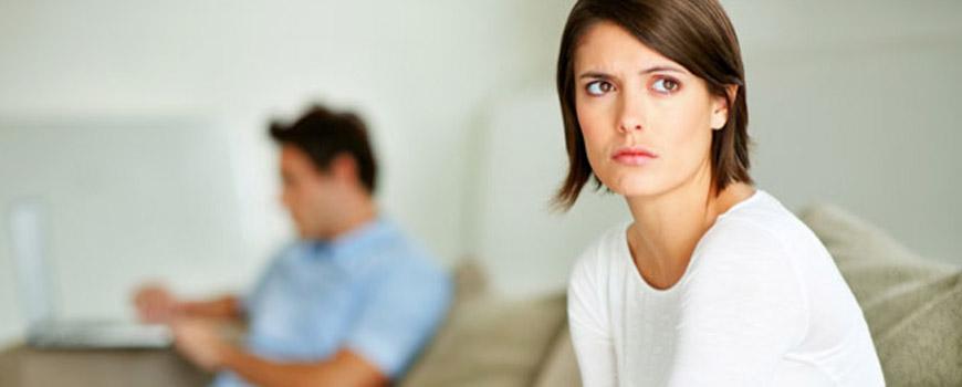 آیا متاهل ها واقعاً از مجردها خوشبختترند؟